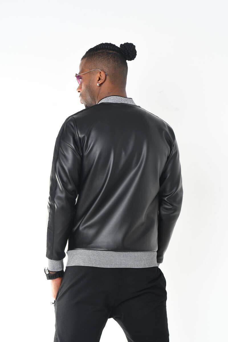 Siyah Triko Yaka Deri Görünümlü Fermuarlı Ceket